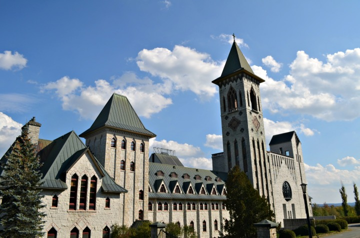 DISCOVER QUEBEC | VISITING THE SAINT BENEDICT ABBEY