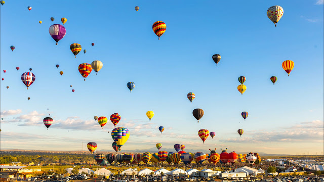 NEW MEXICO BALLOON FESTIVAL